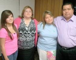 Fabricio Reyna y familia